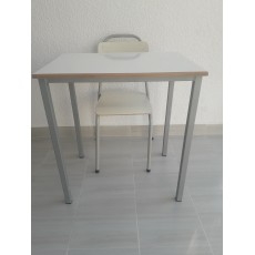TABLE ENSEIGNEMENT 70/50 4 pieds